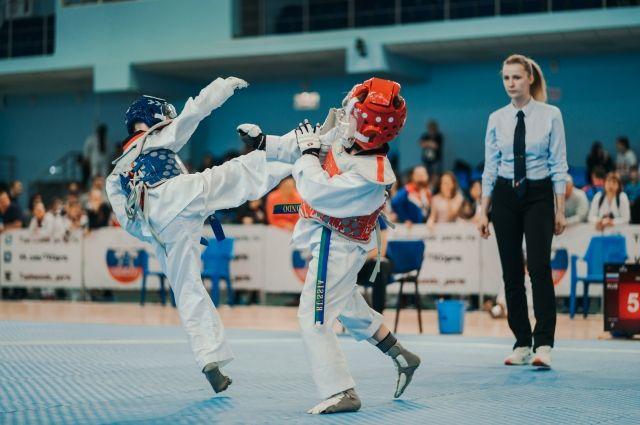 Более 600 спортсменов приняли участие в соревнованиях.