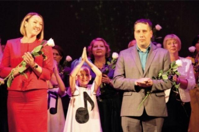 Депутаты ввели в прошлом году новую премию для лучших молодых педагогов в возрасте до 35 лет