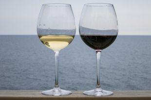 Роскачество устроило «проверку на прочность» российским винам.