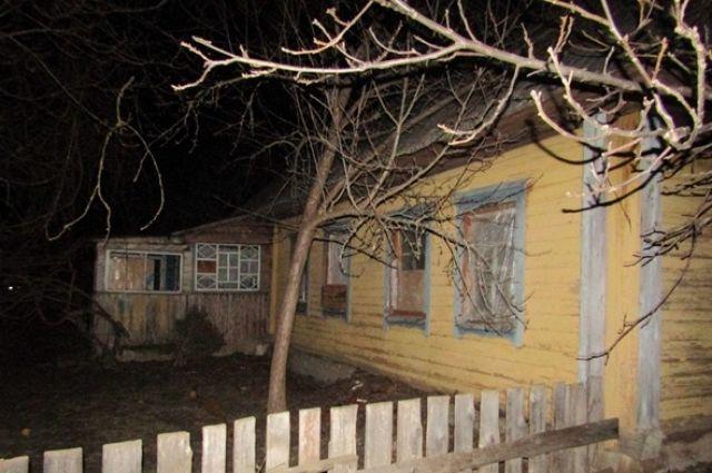 В Житомирской области полиция начала расследование по факту нападения матери троих несовершеннолетних детей на полицейского.