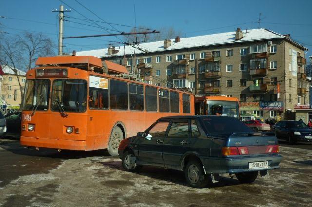 Сейчас в городе курсируют 58 троллейбусов.