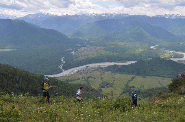 Большинству туристов на Алтае нужен не заоблачные сервис и цены, а заоблачные виды природы