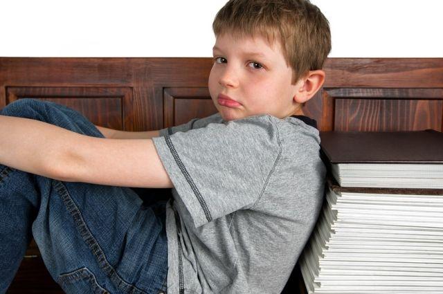 Родителю важно понять, что больше всего интересует его ребенка, и постараться говорить на эту тему больше, чем о школе.