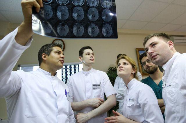 Молодых врачей могут обязать отрабатывать деньги, затраченные на их учебу
