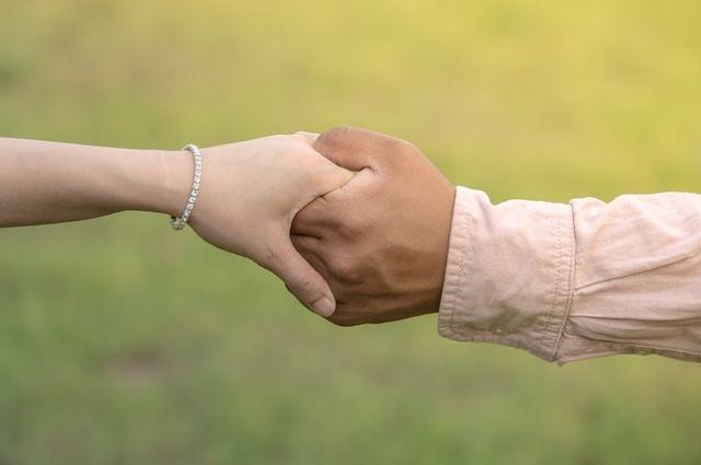 Тюменка вышла замуж за мигранта из-за долга
