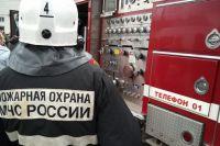 В Ноябрьске тушили пятиэтажку на улице Изыскателей