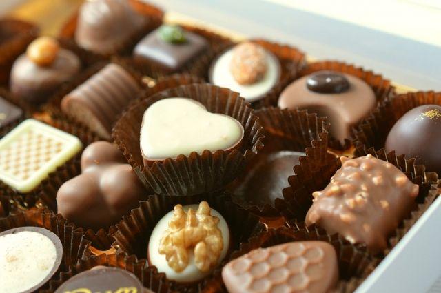 В красноярских магазинах продают качественные конфеты.