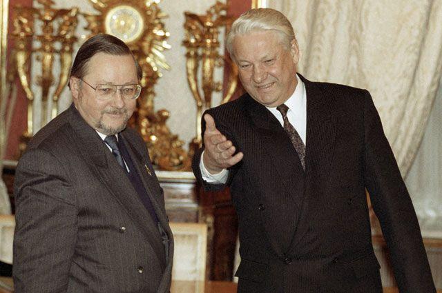 Двери в новую реальность открыл первый президент России Борис Ельцин