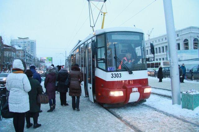 Даже самым новым трамваям в Барнауле уже пять лет