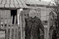 Тётя Аня прожила последние годы в деревне Верхнее Ламоново, 1997 г.