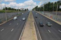 Стоимость проезда по первой платной дороге в Украине, которая будет соединять Львов и Краковец, составит не более 7-10 евроцентов за км.