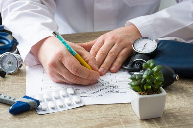 Если федеральные льготники худо-бедно лекарствами обеспечиваются, то срегиональными всё намного хуже.