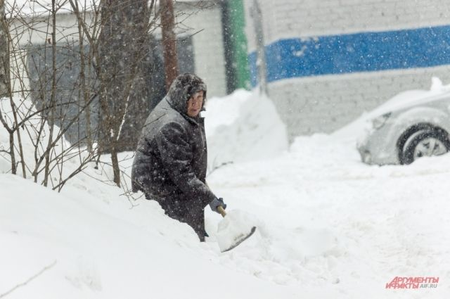 Проверка прокуратуры показала, что зоны для отдыха и игр чётырех групп детского сада вообще не были очищены от снега.
