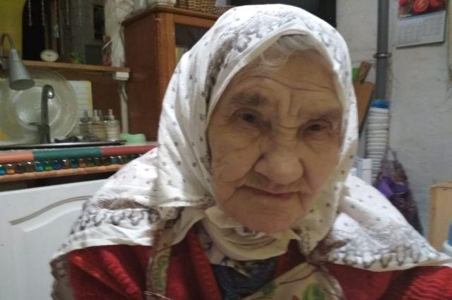 93-летнюю жительницу Зеленодольска выселяют из аварийного дома.