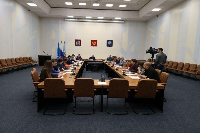 В Ноябрьске обсудили сроки подключения юрлиц к сетям газораспределения