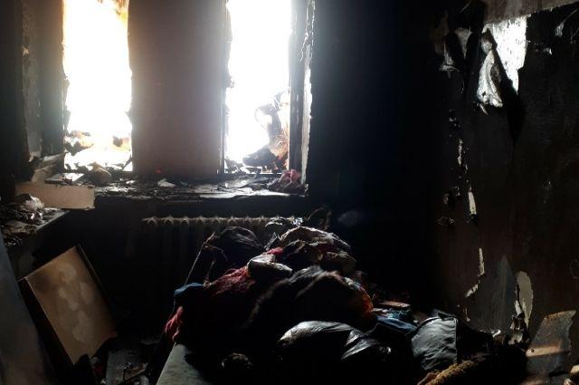 Огонь уничтожил съёмную квартиру, в которой проживала молодая мать с трёхлетней дочкой и бабушкой.
