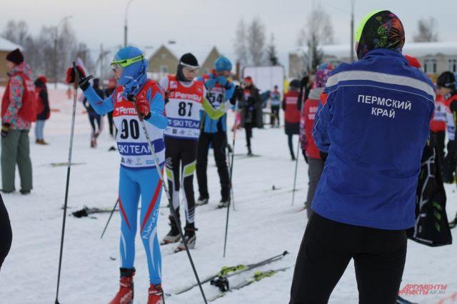 400 участников вышли на старт гонки.