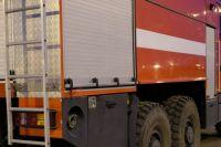 В Оренбурге ночью 6 пожарных тушили баню