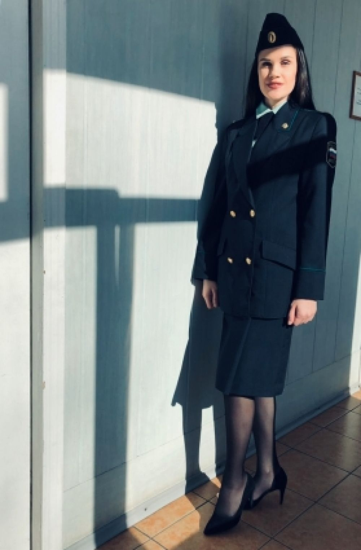 Пикусева Олеся, в должности специалиста в Отделе Судебных приставов по Комсомольскому району.