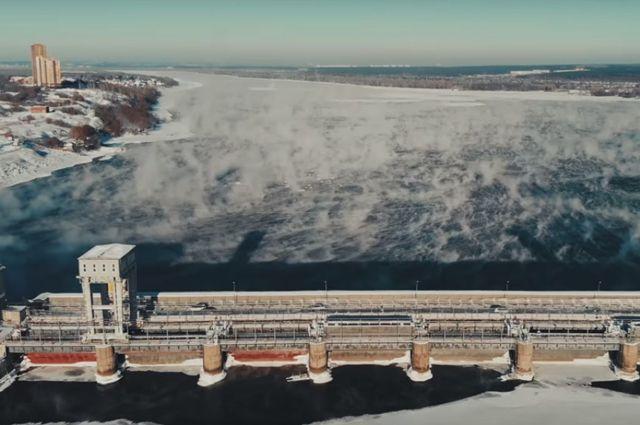 Новосибирец снял с помощью дрона испарения на Оби в 30-градусные морозы.
