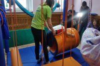 В Тюменской области семьи с детьми-инвалидами получают активную помощь