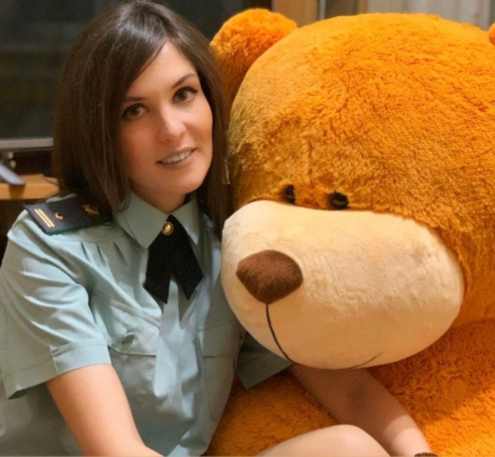Юлия Бубенова, работаю в Управлении Федеральной службы судебных приставов по Хабаровскому краю и ЕАО.