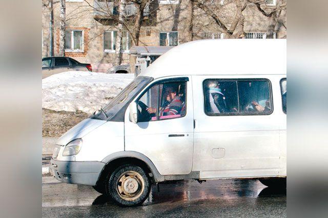 Автоинспекторы Калининграда выявили маршрутку с неисправными тормозами