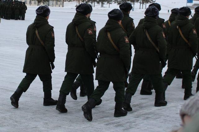 После приговора суда осуждённого отправят служить в армию.
