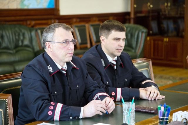 Нового руководителя губернатору представил начальник Западно-Сибирской железной дороги Александр Грицай.
