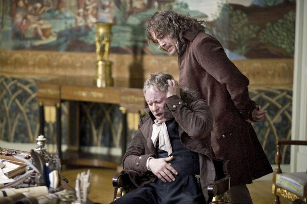 Два года спустя Бардем сыграл священника испанской инквизиции в фильме Милоша Формана «Призраки Гойи», где его партнершей была Натали Портман.