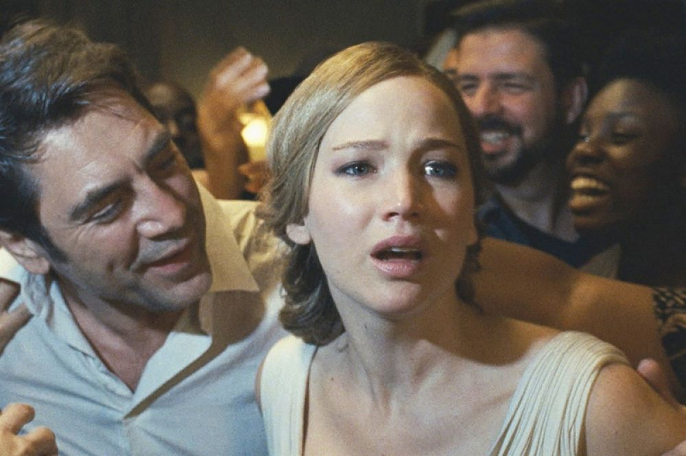 В 2017 году снялся в триллере «мама!» Даррена Аронофски.