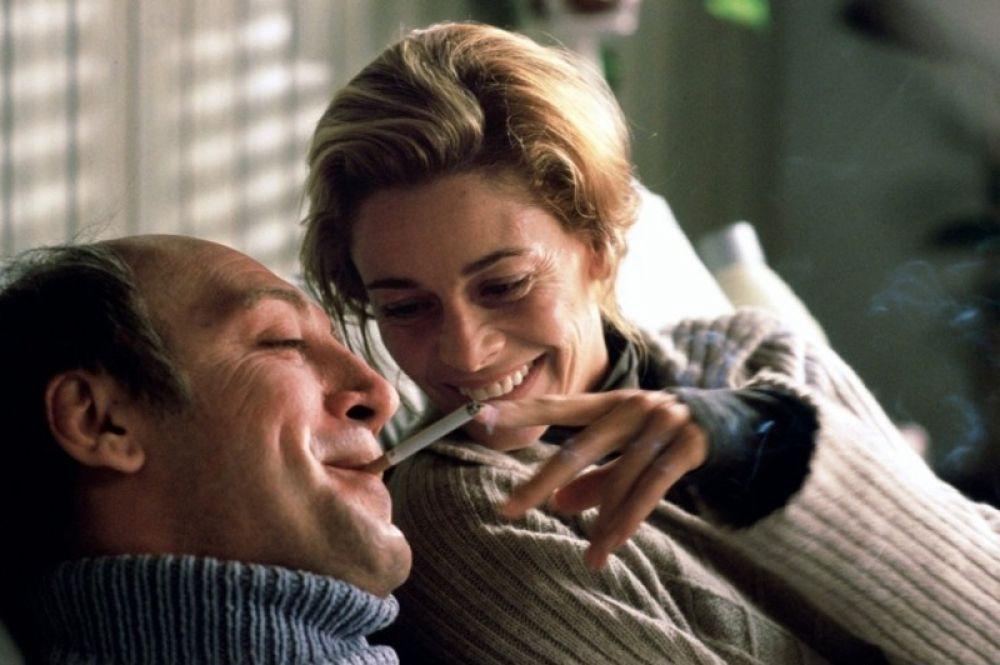 В 2004 году Бардем снялся в драме Алехандро Аменабара «Море внутри». За роль парализованного мужчины, борющегося за легализацию эвтаназии, Бардем получил множество наград, среди которых — призы Венецианского кинофестиваля и Европейской киноакадемии, номинация на «Золотой глобус». В том же году фильм «Море внутри» получил «Оскар» как лучший фильм на иностранном языке.