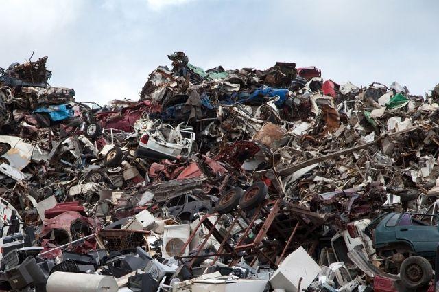 Когда вгородах исёлах появятся новые баки для сбора мусора?