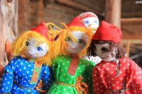 Тюменцы поборются за звание лучших мастеров масленичных кукол