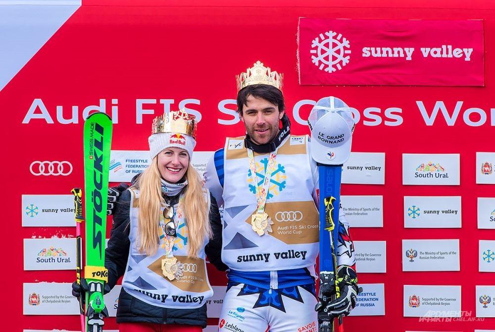 Абсолютным победителям соревнований помимо медалей вручили короны, изготовленные златоустовскими мастерами.