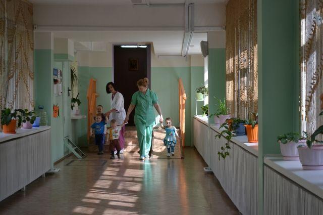 Чтобы закрыть очередь по сиротам, которым жильё положено по решению суда, нужно 730 млн руб.
