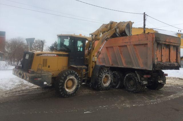В Оренбурге во время КШУ особое внимание будет уделено очистке и вывозу снега.