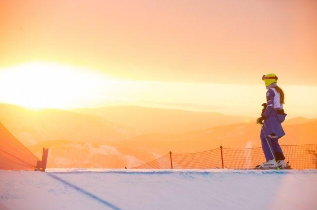 Сопка в Красноярске, где пройдут соревнования сноубордистов и фристайлистов.