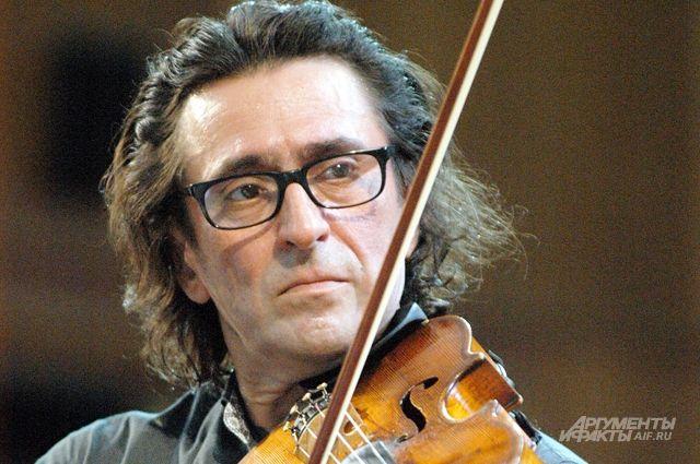 Один из альтов, на котором играет Юрий Башмет, был создан в 1758 г.