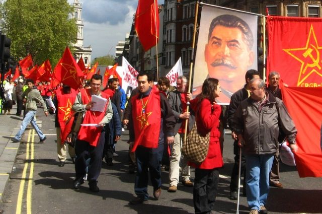 На самом деле люди тоскуют вовсе не по Сталину.