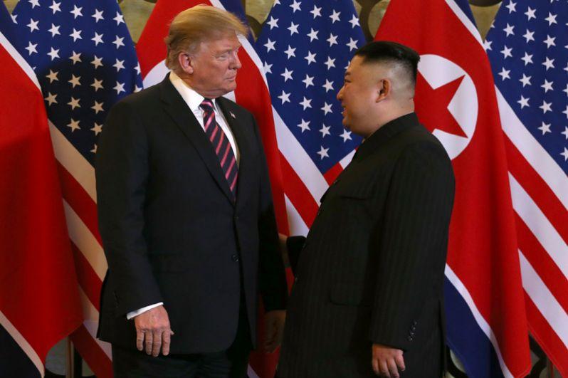 Встреча Дональда Трампа и Ким Чен Ына в Ханое.
