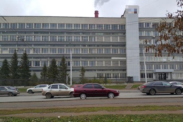 Здание бывшей кондитерской фабрики.