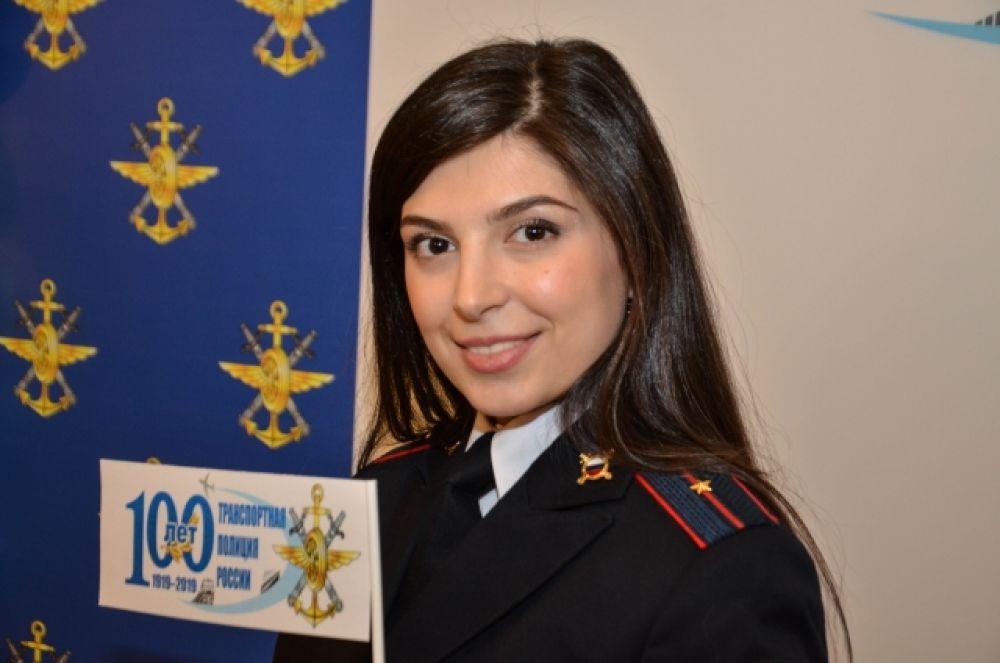 Чобанян Катарина , инспектор ОК ОРЛС УТ МВД России по ДФО, младший лейтенант внутренней службы.