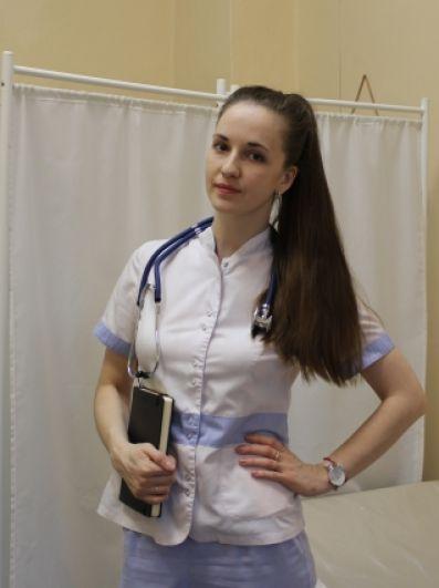 Валентина Бражникова, участковый врач-терапевт КГБУЗ «Бикинская ЦРБ». Мама двоих деток и любящая жена.