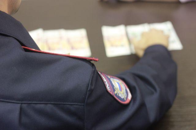 Банда новосибирских фальшивомонетчиков сбывала купюры на Алтае