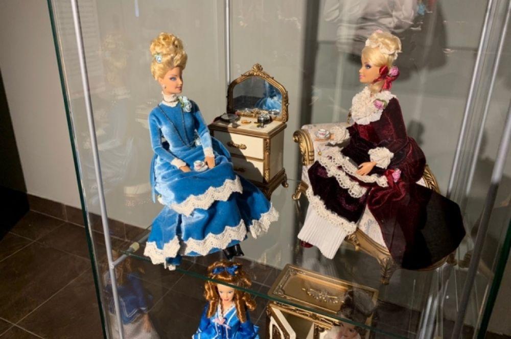 Барби является экспонатом Музея восковых фигур мадам Тюссо.