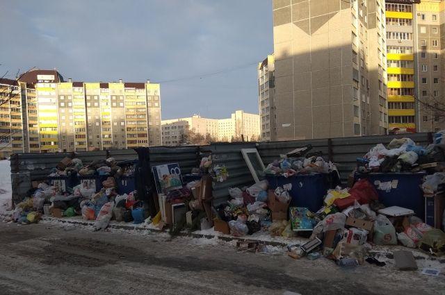 Если на улице минус 5, то мусоровоз будет приезжать один раз в три дня.