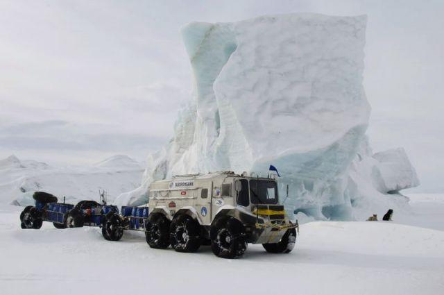 Север станет ближе. Какой магнитный полюс устремился к Сибири?