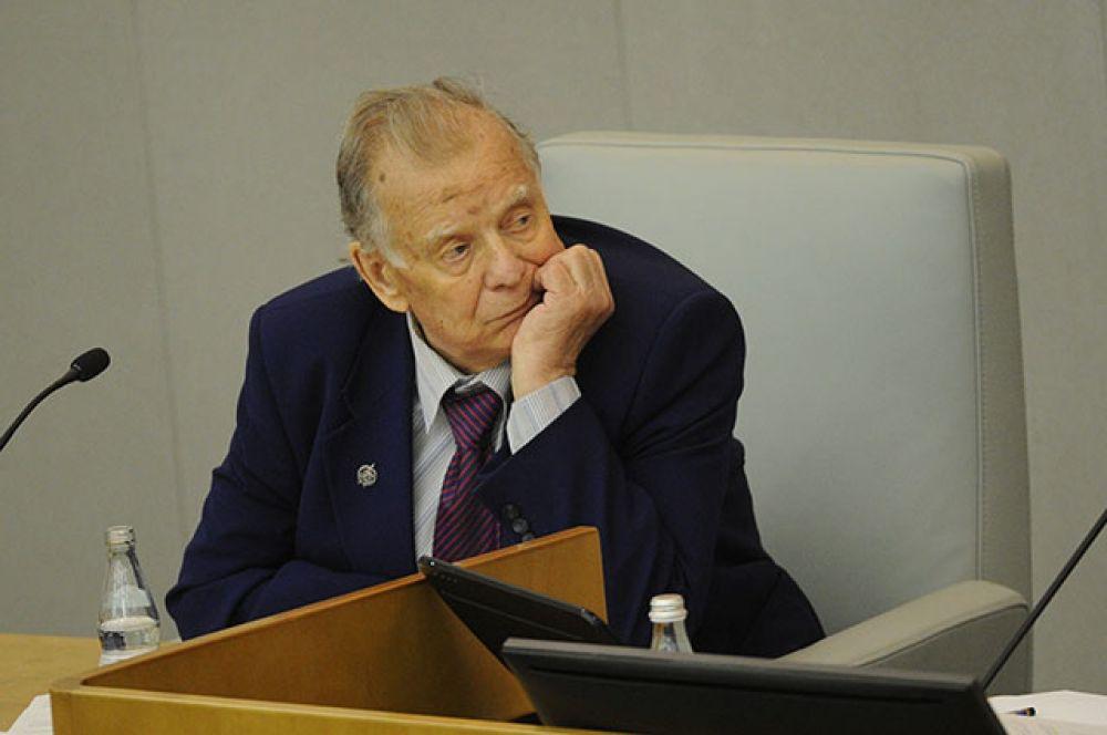 Жорес Алфёров на заседании Госдумы РФ.