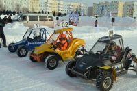 В Надыме состоялись автомобильные ледовые гонки